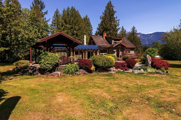 1850 Highway 99 Road, Whistler, BC - CAN (photo 1)