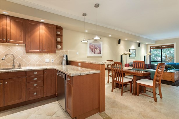 #101-4821 Spearhead Drive 101, Whistler, BC - CAN (photo 1)