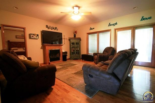 Single House - Overbrook, KS (photo 2)