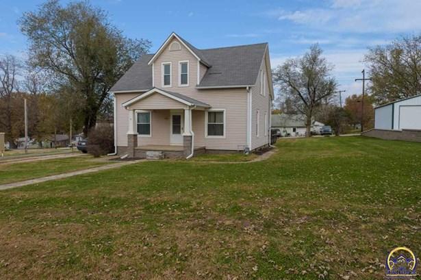 Single House - Carbondale, KS (photo 1)