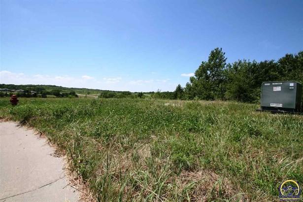 Lot, Less than 1 Acre - Topeka, KS (photo 2)