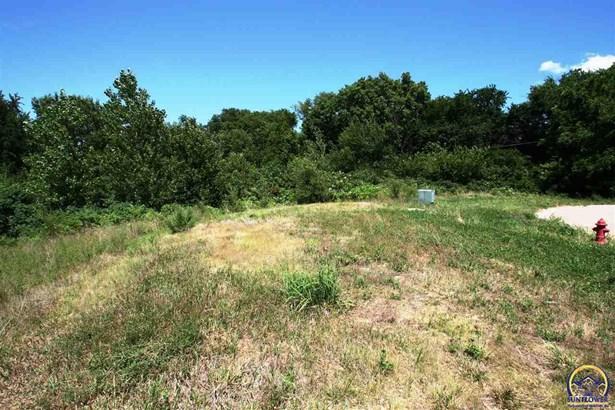 Lot, Less than 1 Acre - Topeka, KS (photo 4)
