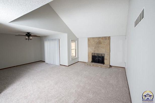 Single House - Topeka, KS (photo 2)