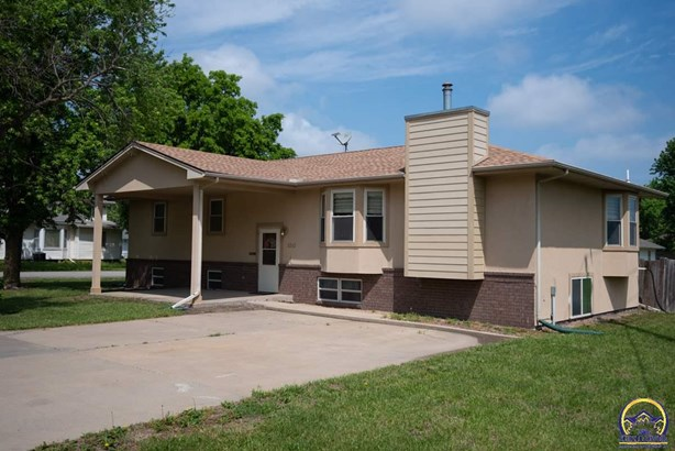 Single House - Osage City, KS (photo 1)