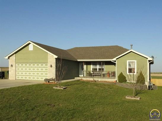 Single House - Meriden, KS (photo 1)