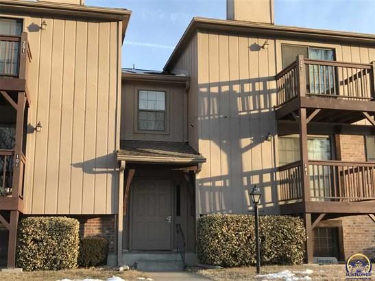Condo/Townhouse - Topeka, KS (photo 1)