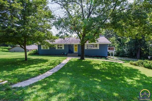 Single House - Tecumseh, KS