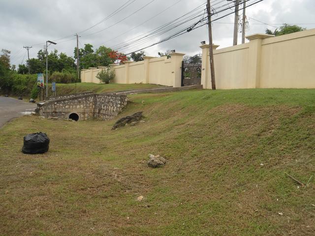 Lot 2 Coconut Grove - Ocho Rios Bypass Road, Ocho Rios - JAM (photo 1)