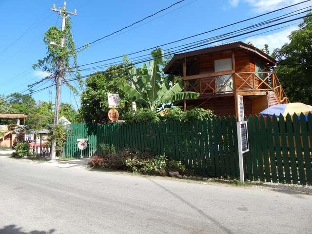 West End Road, Negril - JAM