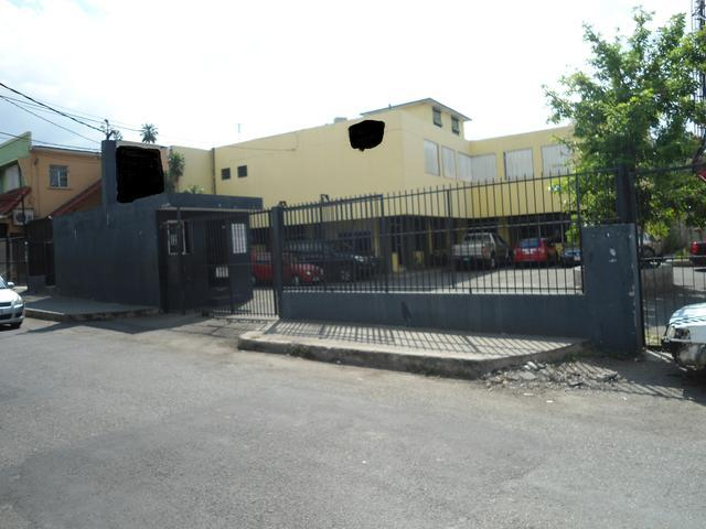 Courtney Walsh Drive, Kingston - JAM (photo 4)