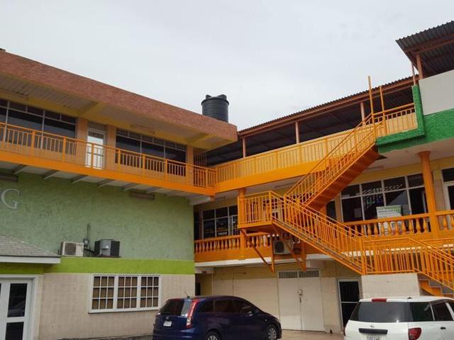 30 Red Hills Road, Kingston - JAM (photo 3)