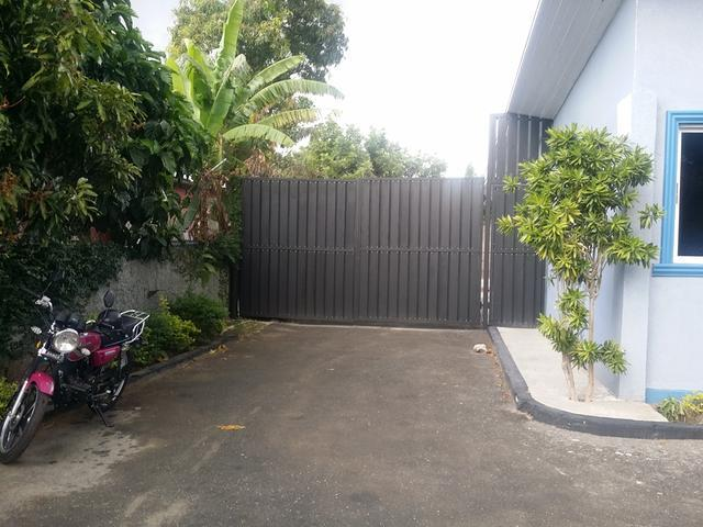 75 Westminister Road, Kingston - JAM (photo 2)