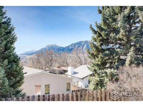 Residential-Detached, 1 Story/Ranch,Bi-Level - Boulder, CO (photo 2)