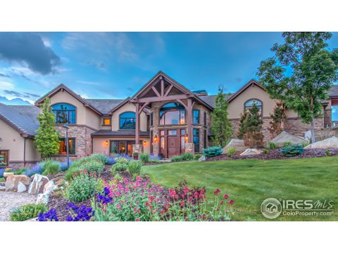 Tri-Level, Residential-Detached - Longmont, CO