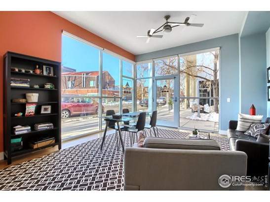 Four-Level, Attached Dwelling - Longmont, CO