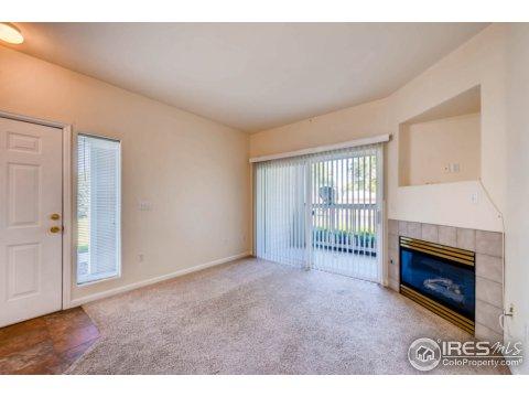 1 Story/Ranch, Attached Dwelling - Broomfield, CO (photo 4)