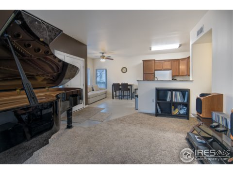 1 Story/Ranch, Attached Dwelling - Broomfield, CO (photo 5)
