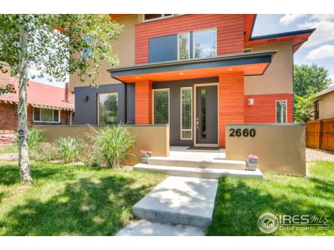 Residential-Detached, 2 Story - Denver, CO (photo 4)