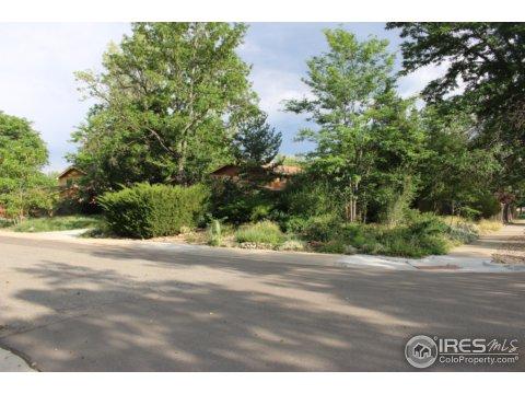 Tri-Level, Residential-Detached - Boulder, CO (photo 2)