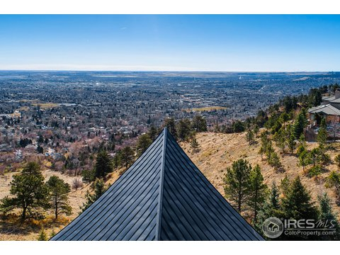 Tri-Level, Residential-Detached - Boulder, CO (photo 2)