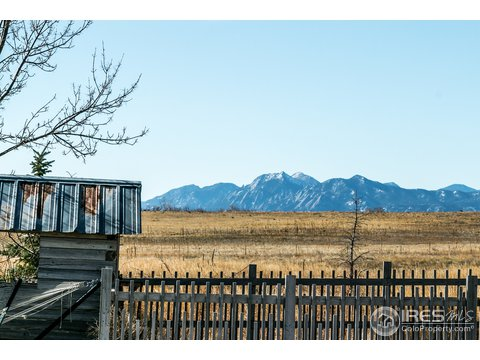 1 Story/Ranch, Farm and Ranch - Longmont, CO