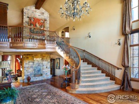 Tri-Level, Residential-Detached - Longmont, CO (photo 3)