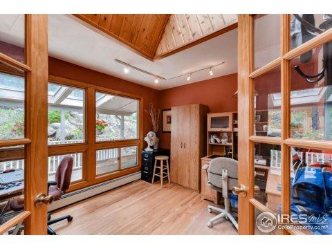 Tri-Level, Residential-Detached - Boulder, CO (photo 5)