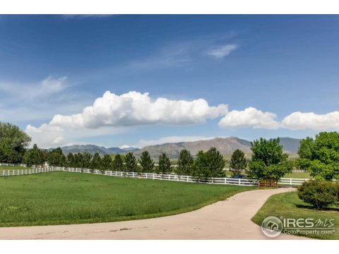 Raised Ranch, Residential-Detached - Longmont, CO (photo 1)