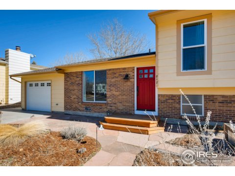 Tri-Level, Residential-Detached - Lafayette, CO (photo 3)