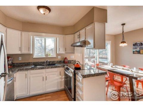 Bi-Level, Attached Dwelling - Boulder, CO (photo 4)