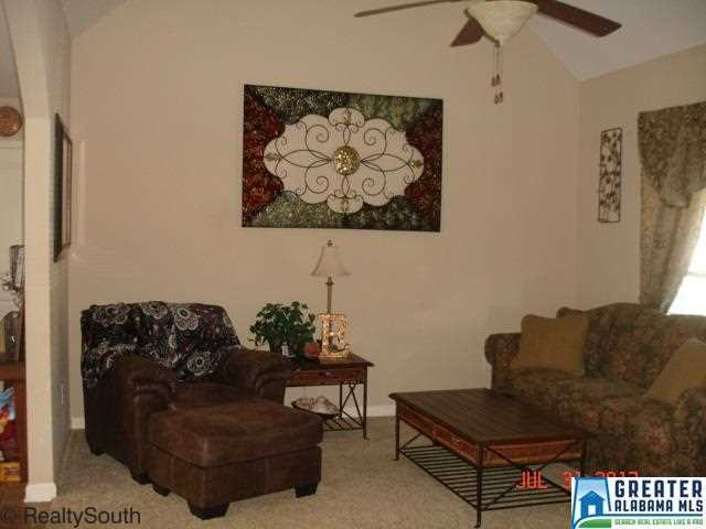 105 Sunset Ln, Jemison, AL - USA (photo 2)
