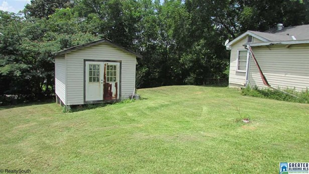 1322 N 7th Ave, Fultondale, AL - USA (photo 4)