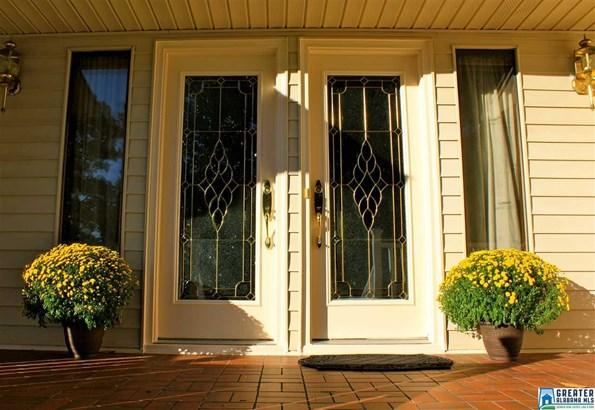 1027 Granbury Rd, Vestavia Hills, AL - USA (photo 2)