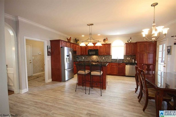 3859 South Shades Crest Rd, Hoover, AL - USA (photo 4)