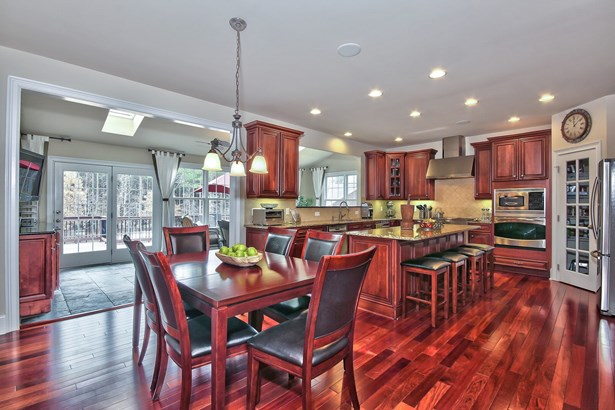 4001 Belmont Forest Way, Raleigh, NC - USA (photo 5)