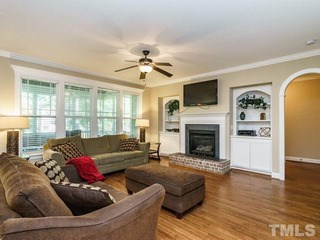 513 Hollymont Drive, Holly Springs, NC - USA (photo 5)