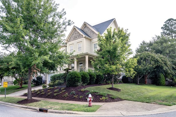 241 Brookberry Road, Holly Springs, NC - USA (photo 2)