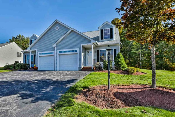 Townhouse, Condo - Windham, NH