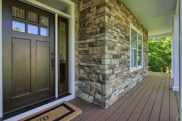 Colonial,Craftsman, Single Family - Salem, NH (photo 2)