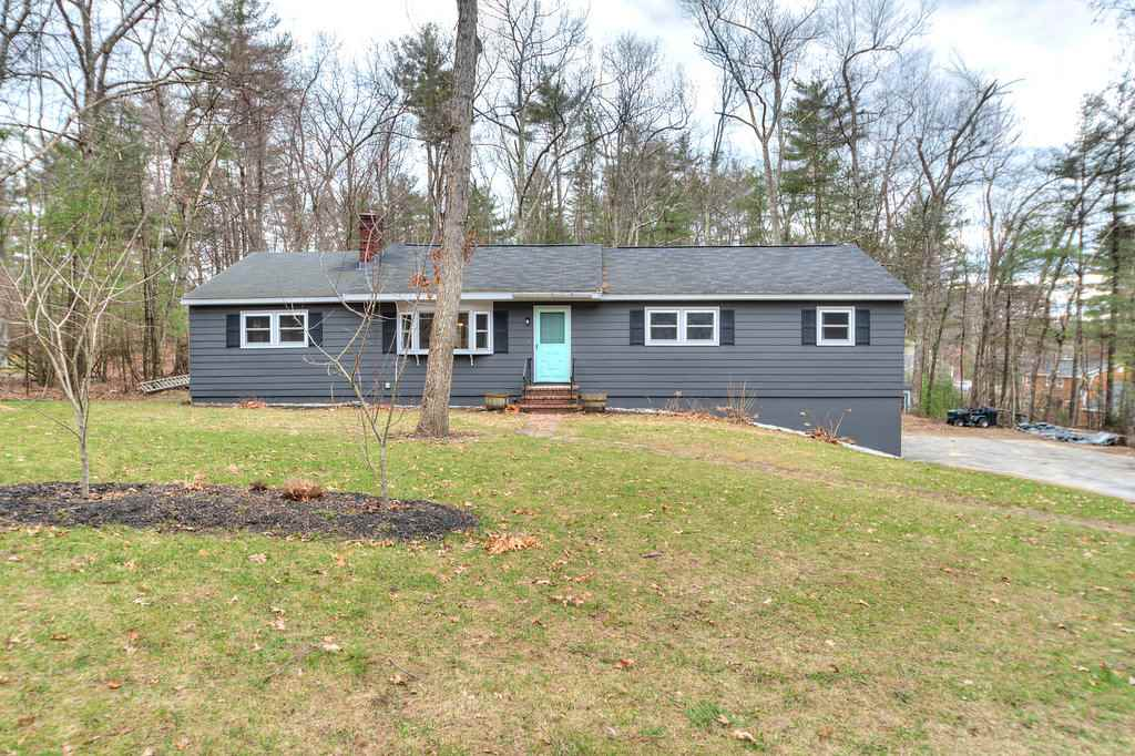 Ranch, Single Family - Windham, NH (photo 1)