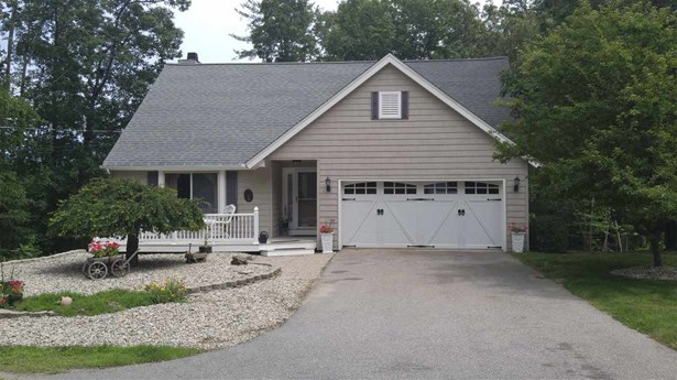 Contemporary,Ranch, Single Family - Danville, NH (photo 1)
