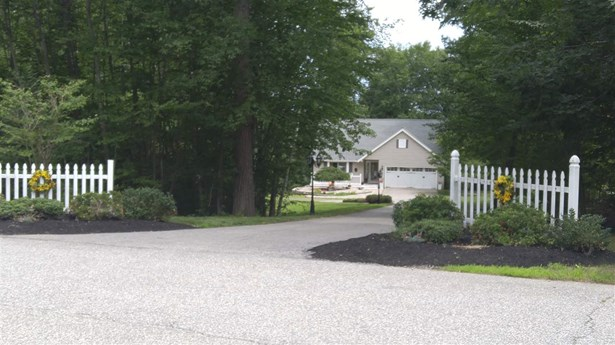 Contemporary,Ranch, Single Family - Danville, NH (photo 4)