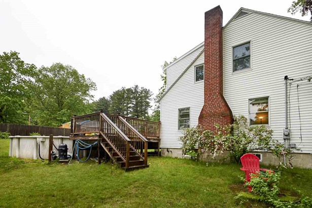 Colonial, Single Family - Plaistow, NH (photo 3)