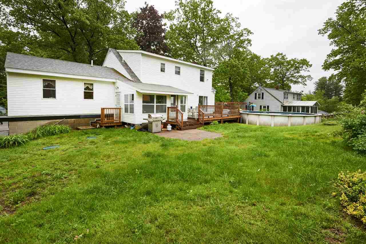 Colonial, Single Family - Plaistow, NH (photo 4)