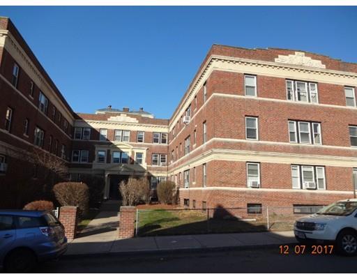 8 Walnut St, Everett, MA - USA (photo 1)