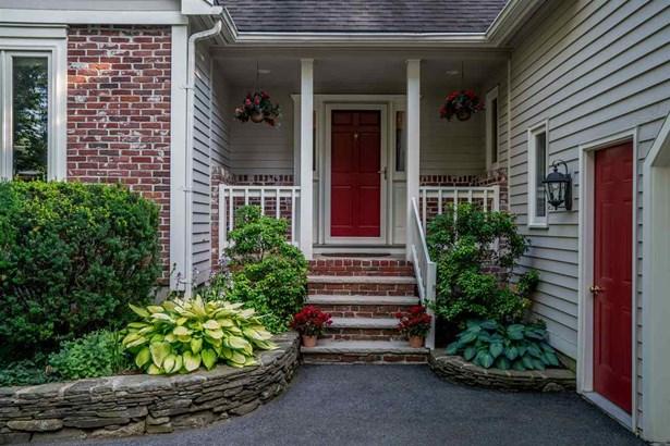 Cape, Single Family - Windham, NH (photo 3)