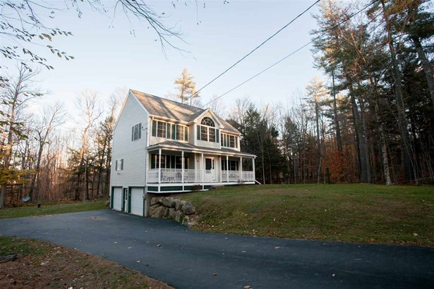 Colonial, Single Family - Northwood, NH (photo 2)