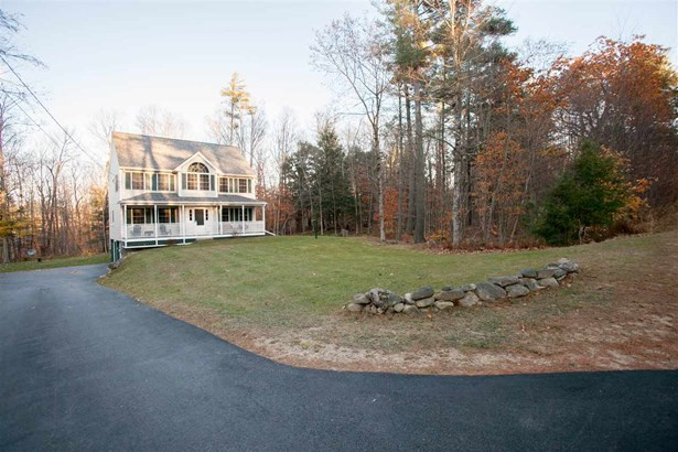 Colonial, Single Family - Northwood, NH (photo 3)