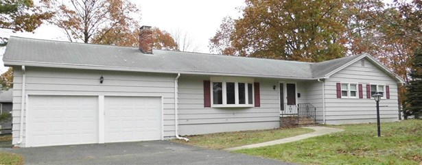 Ranch, Single Family - Methuen, MA (photo 1)