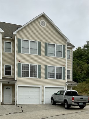 Townhouse, Condo - Hudson, NH